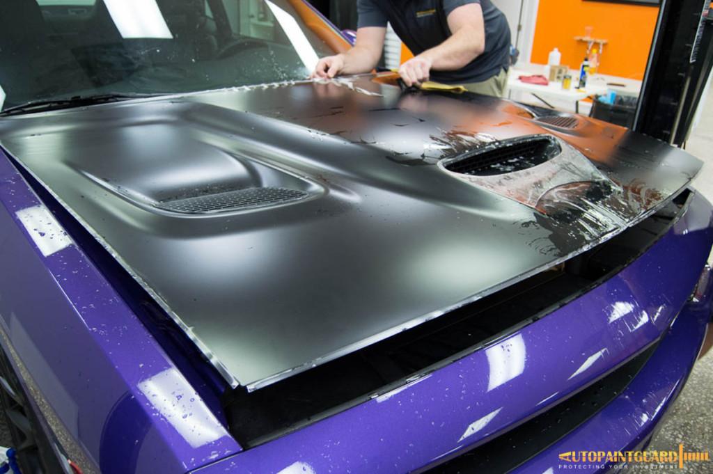dodge-challenger-srt-hellcat-plum-crazy-purple-012